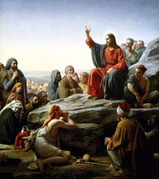 Jesus talking to a crowd of listeners